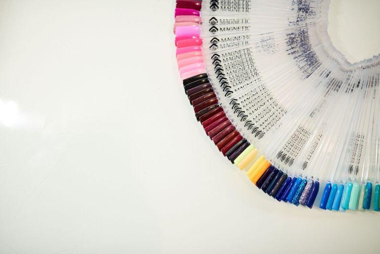 Muestrario de esmaltes Centro de Belleza Elixir